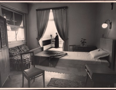 Vista parcial de um dos apartamentos da Clínica